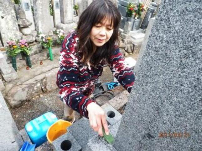 太陽堂の墓石クリーニング
